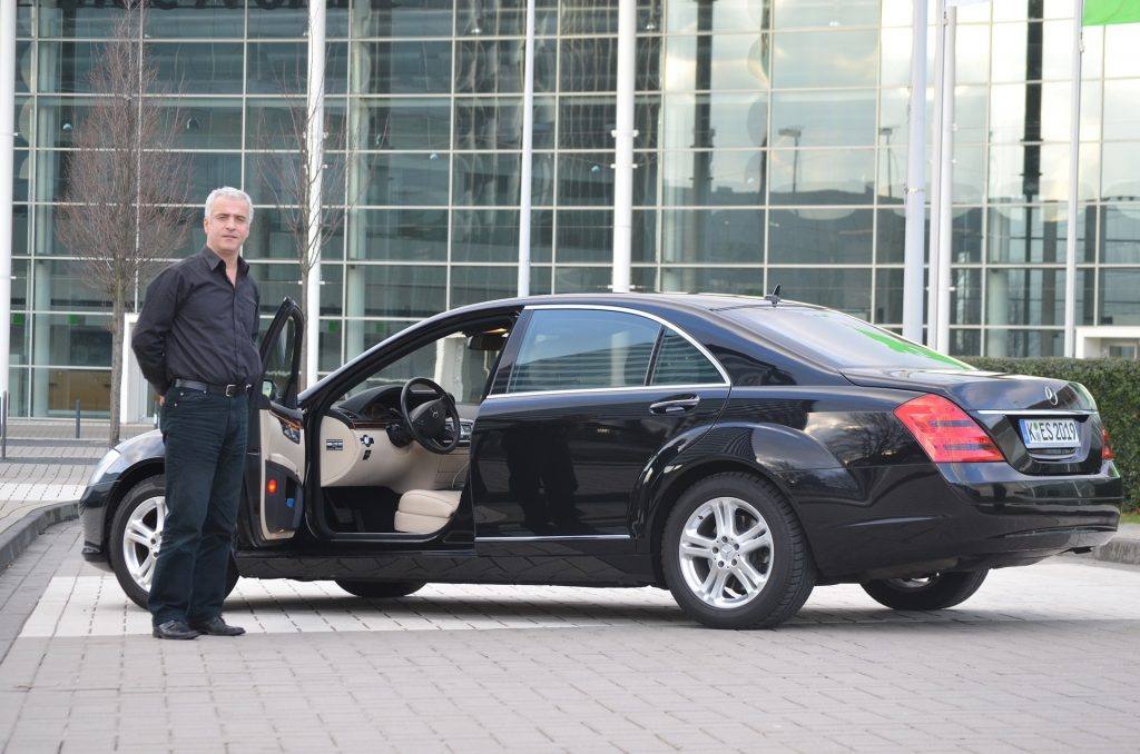 Limo service and airport transfer